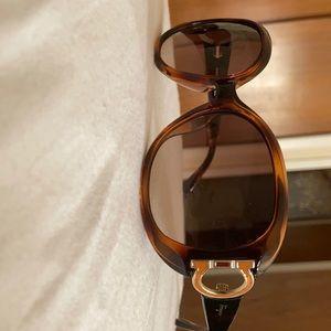 SALVATORE FERRAGAMO SF668s Women Sunglasses new